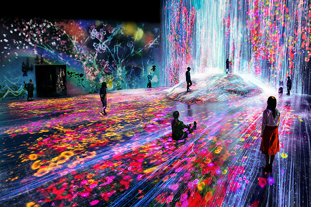 Mori Building Digital Art Museum: Epson TeamLab Borderless